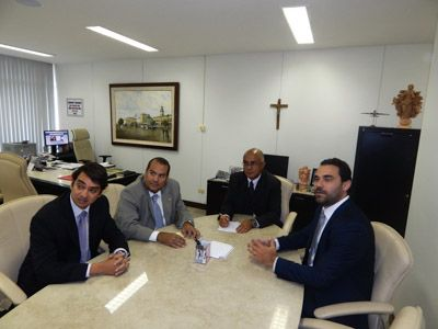 Imagem sobre Presidente Inaldo Araújo recebe visita técnica de parlamentares