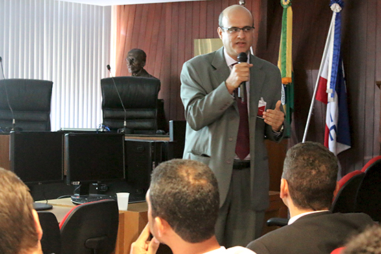 2016 11 Nota ColoquioControleSocial Destaque2 copy
